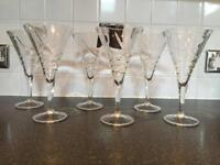 6 x large cut glass heavy wine glasses. De boxed not used