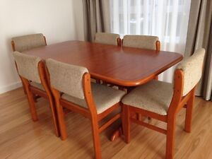 Dining Table & Chairs Seaford Frankston Area Preview