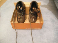 BOYS LEATHER WALKING BOOTS FOR SALE
