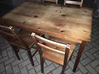Dining table with chairs-£45 delivered