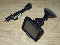 Garmin Nuvi 30 GPS Sat Nav with In Car SatNav Charger and Suction Screen Mount Full Working Order
