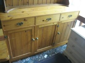 MODERN ORNATE SOLID PINE SIDEBOARD - DRESSER BASE. 3 DRAWERS OVER 3 CABINET DOORS. VIEWING/DELIVERY
