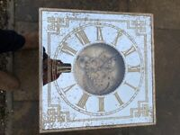 Mirrored cog clock table
