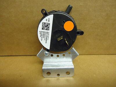 Goodman 20197310 Gas Furnace Air Pressure Switch -0.60 Genuine Oem