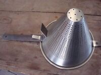 STRAINER( CONICAL STAINLESS STEEL )