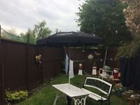BRAND NEW CARLING GARDEN PARASOL WITH BASE