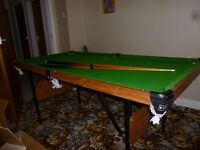 Le Club 1/4 size snooker table