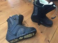 Burton ladies snowboard boots size 8UK