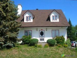 289 500$ - Maison 2 étages à vendre à Rouyn-Noranda