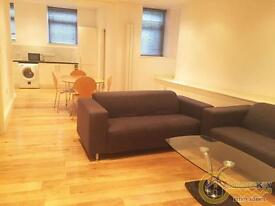 2 bedroom flat in West End Lane, West Hampstead, NW6
