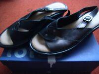 Flyflot Anatomic slingback mule sandals