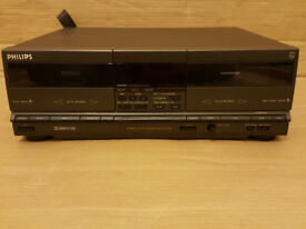PHILIPS FC330 DOUBLE CASSETTE DECK *CAN POST*