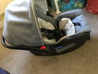 Graco Baby Car Seat with Base Dove Grey