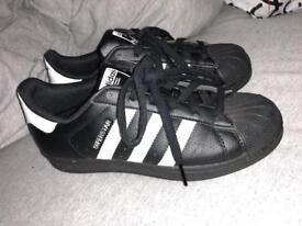 women's Adidas Superstar shoes - UK4