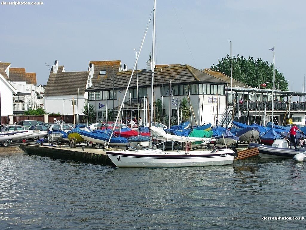 CHRISTCHURCH SAILING CLUB - Part Time/Weekend Bar Staff Required