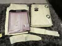 Curtains and cushions set, 2 sets curtains, 4 cushions, brand new