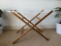 Free Moses basket stand
