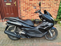 2010 Honda PCX 125 scooter, new 1 year MOT, good runner, 2 owners, good condition, bargain,,,