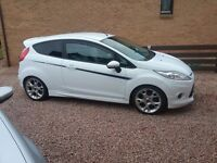 FORD FIESTA ZETEC S very nice looking car with side stripes and full leather seats .