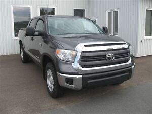 2014 Toyota Tundra SR5 5.7L V8 ( $ 231.26 Biweekly)