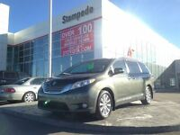 2013 Toyota Sienna XLE Limited AWD w/Navigation and DVD