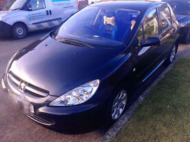 Peugeot 307 2005 car nice and tidy FSH low mileage.