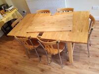 EXTENSIBLE DINING TABLE + 6 chairs