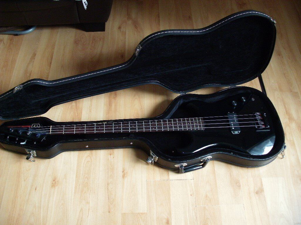 westone spectrum dx bass guitar made in japan with hard case in earlsheaton west yorkshire. Black Bedroom Furniture Sets. Home Design Ideas