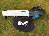 MacAllister 2800watt leaf blower/vacuum.