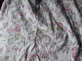 A Pair of Laura Ashley Handmade Lined Curtains Melrose Pattern