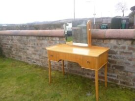VINTAGE MID CENTURY RETRO GIMSON SLATER VESPER DRESSING TABLE / DESK