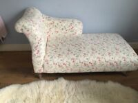 Chaise Longue, vgc, great addition to bedroom or living space