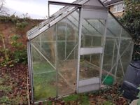 8' x 8' aluminium greenhouse