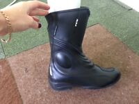 Motorcycle boots and gloves ladies