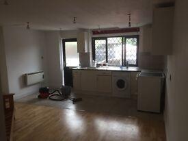1 Bedroom flat £1075 pm