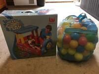 Inflatable splash and play