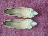 Ladies kitten heel shoes. Beige/taupe colour, size 38, leather upper with bow on the front.