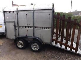 8x5 livestock trailer