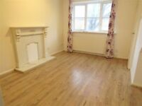 *FANTASTIC* 2 BED FLAT IN UB10 INCLUDING ALL THE BILLS CALL ANYTIME TO BOOK THE VIEWING