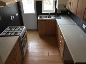 ***Charming 3 Bedroom , 2 Reception Room house Situated in West Croydon***