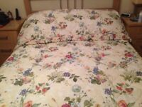 SHERIDAN QUILTED BED COVER, Top Quality, double size, perfect condition