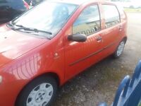 Fiat punto 5 door, year 2003 , 1.2 Dynamic. M.O.T till October. Newly done repairs.