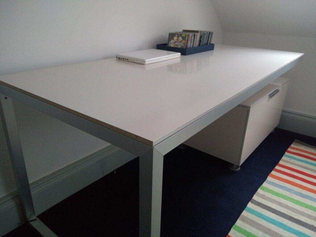 Sleek Modern White Desk From Designer Furniture