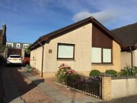 Cozy 2 Bedroom Detached Bungalow in the Centre of Carnoustie.