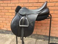 Bates Cair 15'5 GP saddle with interchangeable gullet