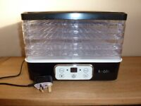 BRAND NEW Koölle Fruit, Vegetable, Dehydrator & Flowers Dryer Electric Machine with Timer £25 ono
