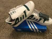 Adidas Trainers/Size 9