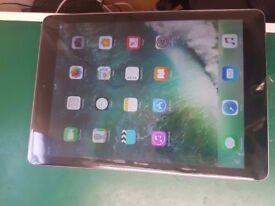 Apple iPad 9.7 Inch 128GB Model 1822 New!