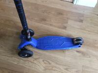Maxi Micro Scooter - Blue