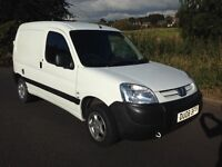 One driver Peugeot Partner Van Cambelt and Waterpump done Cery Clean Low Mileage Example